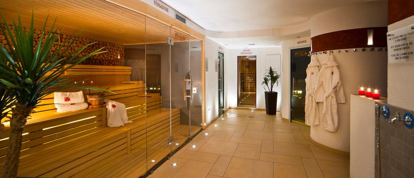italy_dolomites_la_villa_hotel_ladinia_wellness.jpg